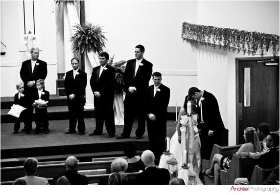 Lindsay-Timothy_012-572x400 Lindsay and Timothy {Married} | Alabama Wedding Photographer Business Wedding