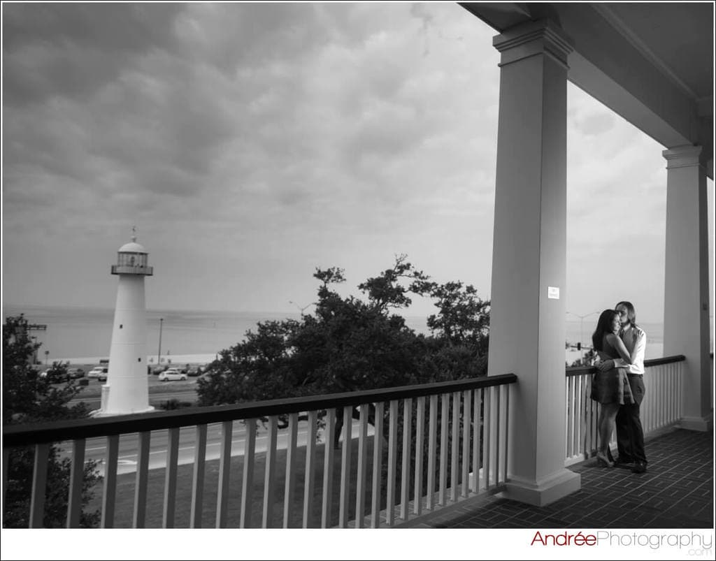 engagement-photos-andy-dustin_0019 Andrea and Dustin {Engaged} | Downtown Ocean Springs + Ohr O'Keefe Museum | Biloxi, MS Engagement Wedding