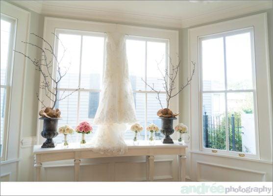 wedding-photos-emily-john_0003-557x400 Emily and John {Married} - Sneak Peek | Mobile Alabama Wedding Photographer Business Wedding