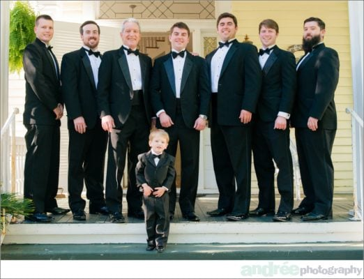 wedding-photos-emily-john_0015-522x400 Emily and John {Married} - Sneak Peek | Mobile Alabama Wedding Photographer Business Wedding