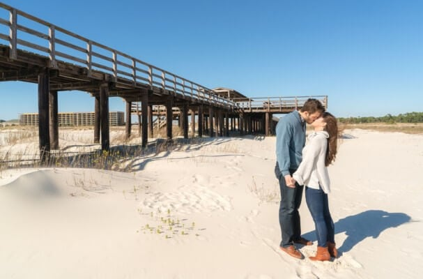 beach-engagement-photos-peyton-addison_0015-607x400 Engagement
