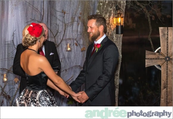 wedding-photos-lake-house-deanna-ashley_0143-581x400 Deanna and Ashley {Married}   Jackson Alabama Wedding Photographer Wedding