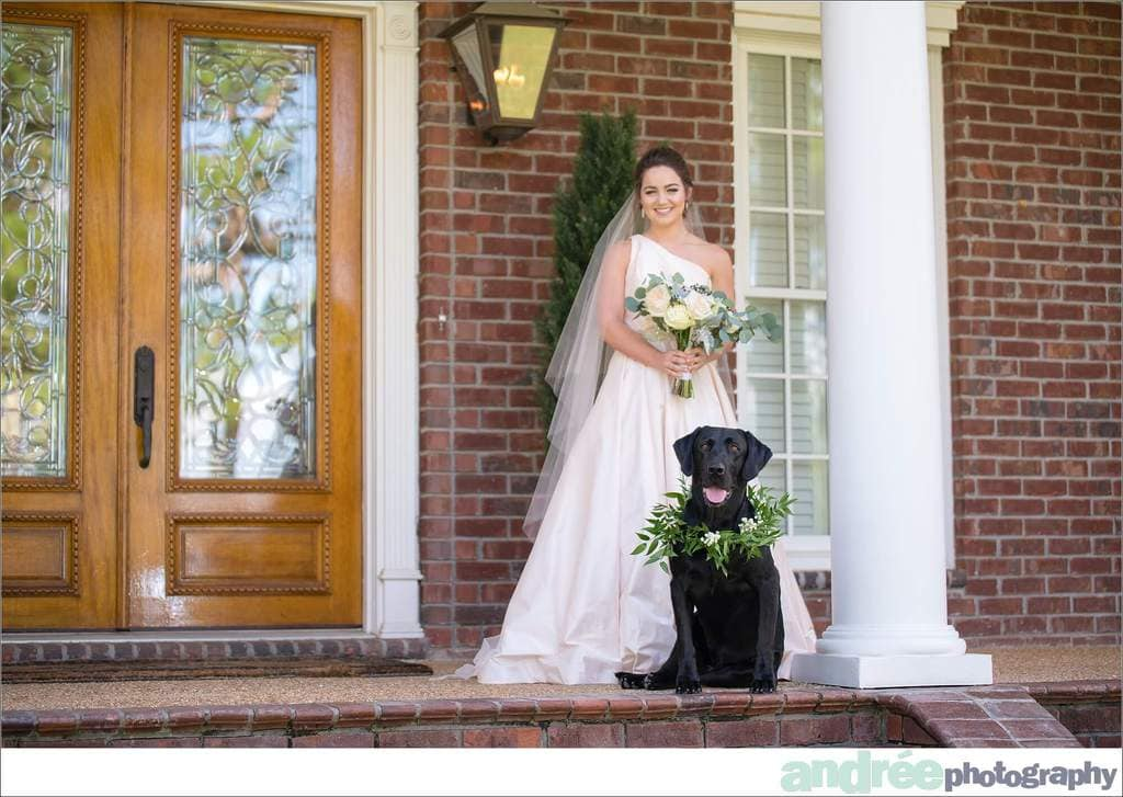 peyton-outdoors-oak-trees-black-lab-dog-bridal-session_0008 Peyton {Bridal Session} | Private Residence | Mobile, AL Bridal Wedding