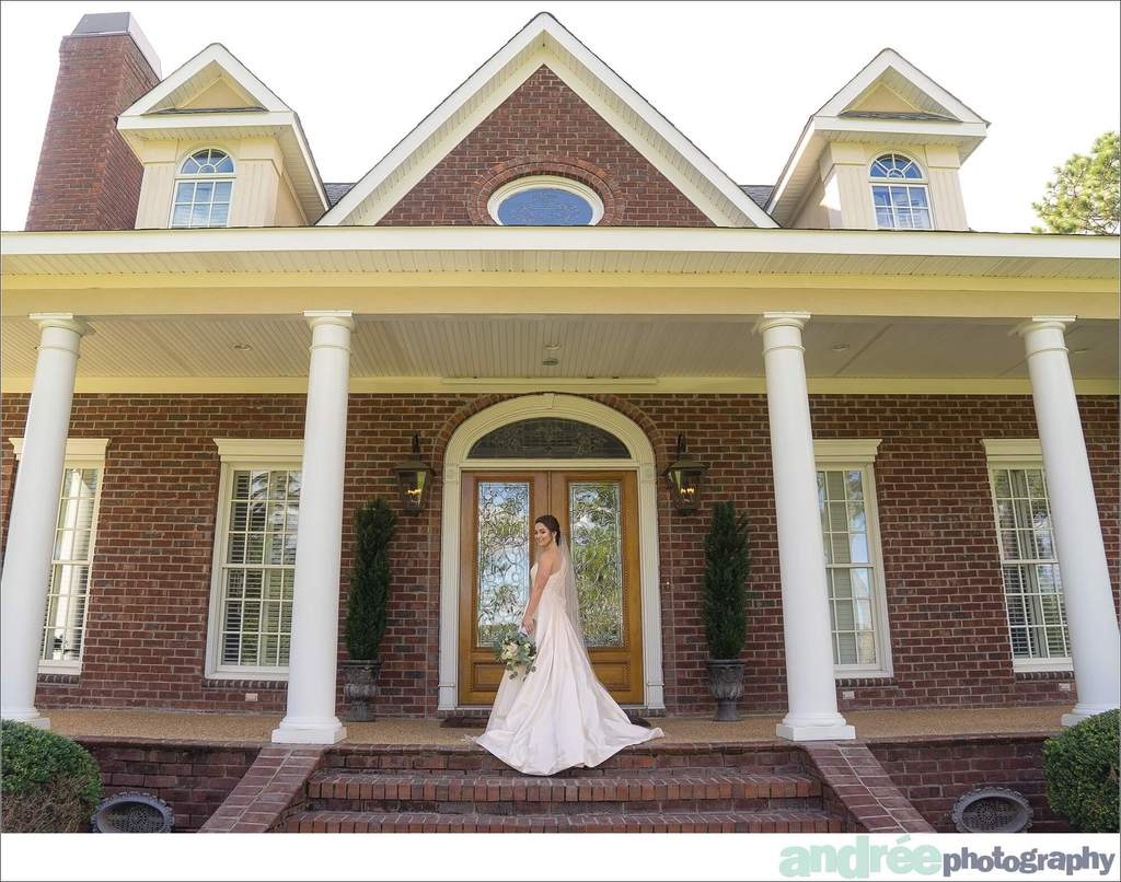 peyton-outdoors-oak-trees-black-lab-dog-bridal-session_0011 Peyton {Bridal Session}   Private Residence   Mobile, AL Bridal Wedding