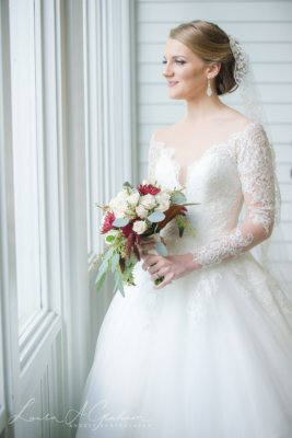bridal-photos-outdoors-oaks-bragg-mitchell-mansion-makaela_0003-267x400 Makaela {Bridal Session} | Bragg-Mitchell Mansion | Mobile AL Bridal Photographer Wedding