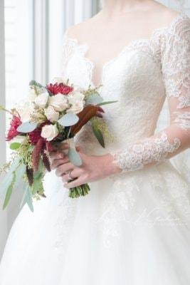 bridal-photos-outdoors-oaks-bragg-mitchell-mansion-makaela_0007-267x400 Makaela {Bridal Session} | Bragg-Mitchell Mansion | Mobile AL Bridal Photographer Wedding