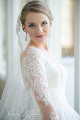 bridal-photos-outdoors-oaks-bragg-mitchell-mansion-makaela_0019-267x400 Makaela {Bridal Session} | Bragg-Mitchell Mansion | Mobile AL Bridal Photographer Wedding