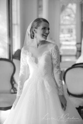 bridal-photos-outdoors-oaks-bragg-mitchell-mansion-makaela_0040-267x400 Makaela {Bridal Session} | Bragg-Mitchell Mansion | Mobile AL Bridal Photographer Wedding