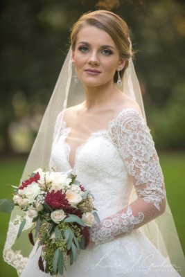 bridal-photos-outdoors-oaks-bragg-mitchell-mansion-makaela_0070-267x400 Makaela {Bridal Session} | Bragg-Mitchell Mansion | Mobile AL Bridal Photographer Wedding