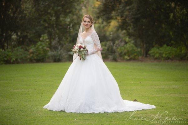 bridal-photos-outdoors-oaks-bragg-mitchell-mansion-makaela_0074-600x400 Makaela {Bridal Session} | Bragg-Mitchell Mansion | Mobile AL Bridal Photographer Wedding