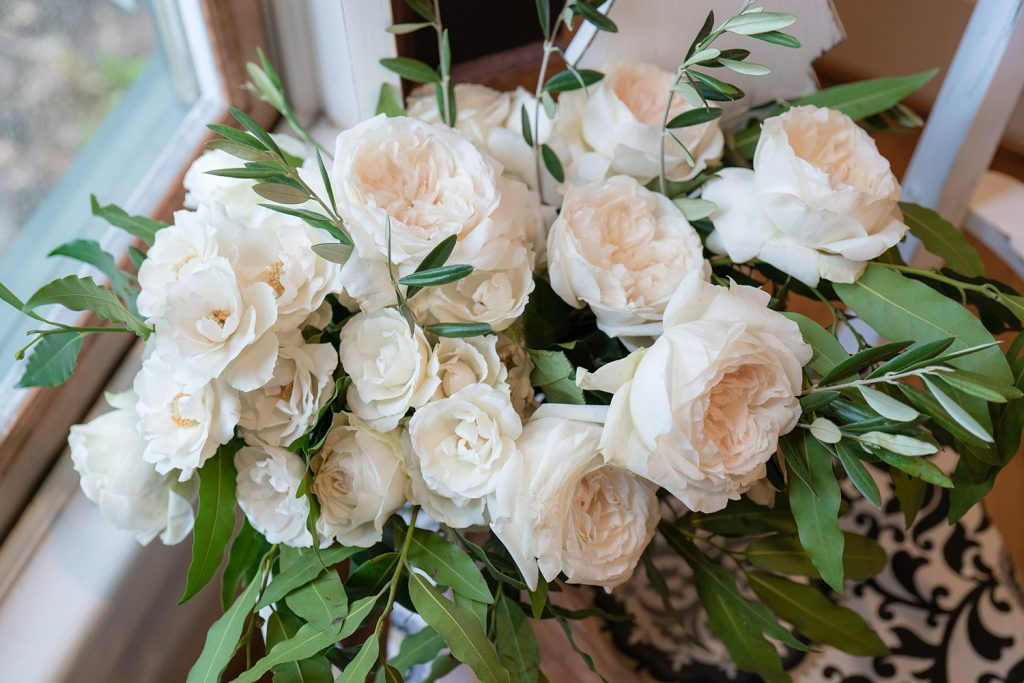 glam-outdoors-rustic-weeks-bay-plantation-fairhope-alabama-peyton-addison-wedding_0003-1024x683 Peyton and Addison {Married} | Weeks Bay Plantation | Fairhope, AL Wedding