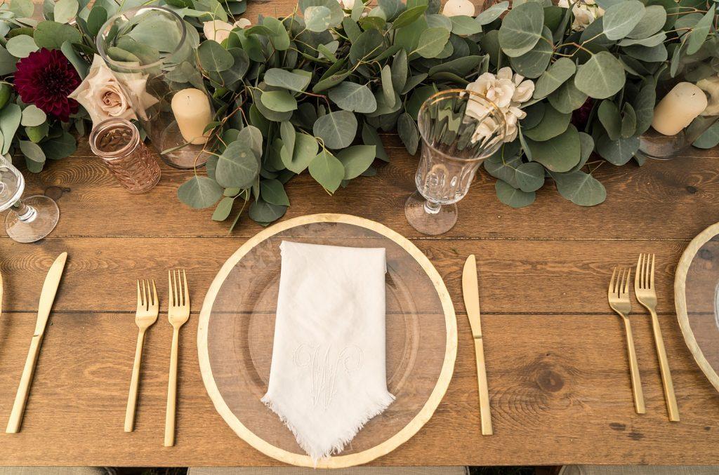 glam-outdoors-rustic-weeks-bay-plantation-fairhope-alabama-peyton-addison-wedding_0070-1024x677 Peyton and Addison {Married} | Weeks Bay Plantation | Fairhope, AL Wedding