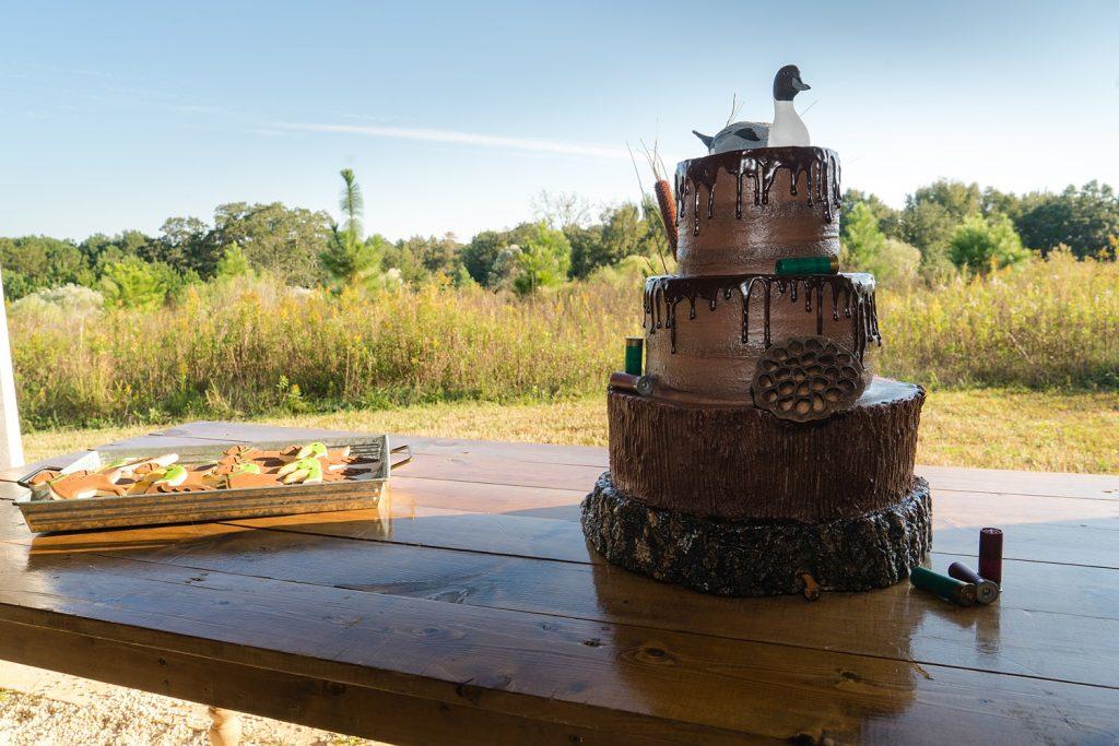 glam-outdoors-rustic-weeks-bay-plantation-fairhope-alabama-peyton-addison-wedding_0086-1024x683 Peyton and Addison {Married} | Weeks Bay Plantation | Fairhope, AL Wedding