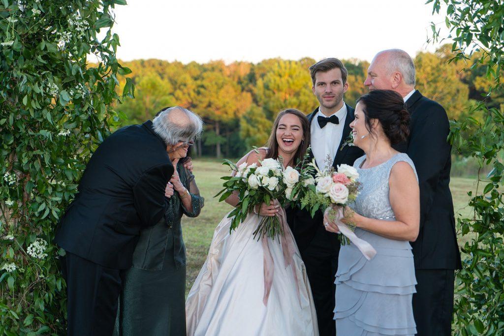 glam-outdoors-rustic-weeks-bay-plantation-fairhope-alabama-peyton-addison-wedding_0141-1024x683 Peyton and Addison {Married} | Weeks Bay Plantation | Fairhope, AL Wedding