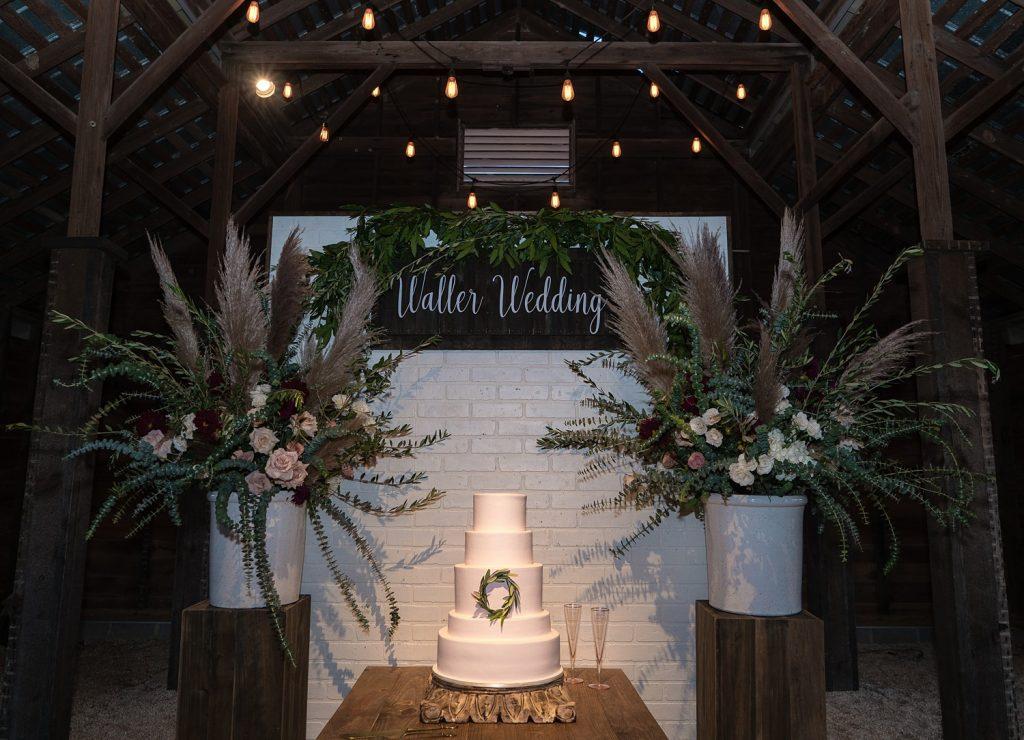 glam-outdoors-rustic-weeks-bay-plantation-fairhope-alabama-peyton-addison-wedding_0144-1024x740 Peyton and Addison {Married} | Weeks Bay Plantation | Fairhope, AL Wedding