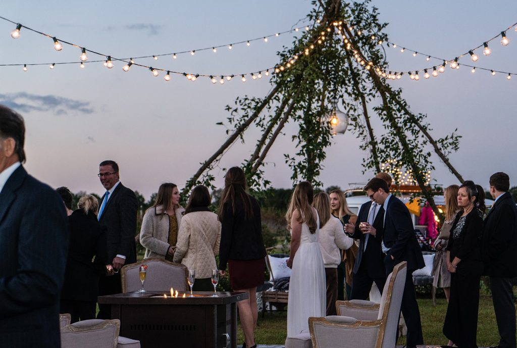 glam-outdoors-rustic-weeks-bay-plantation-fairhope-alabama-peyton-addison-wedding_0145-1024x689 Peyton and Addison {Married} | Weeks Bay Plantation | Fairhope, AL Wedding