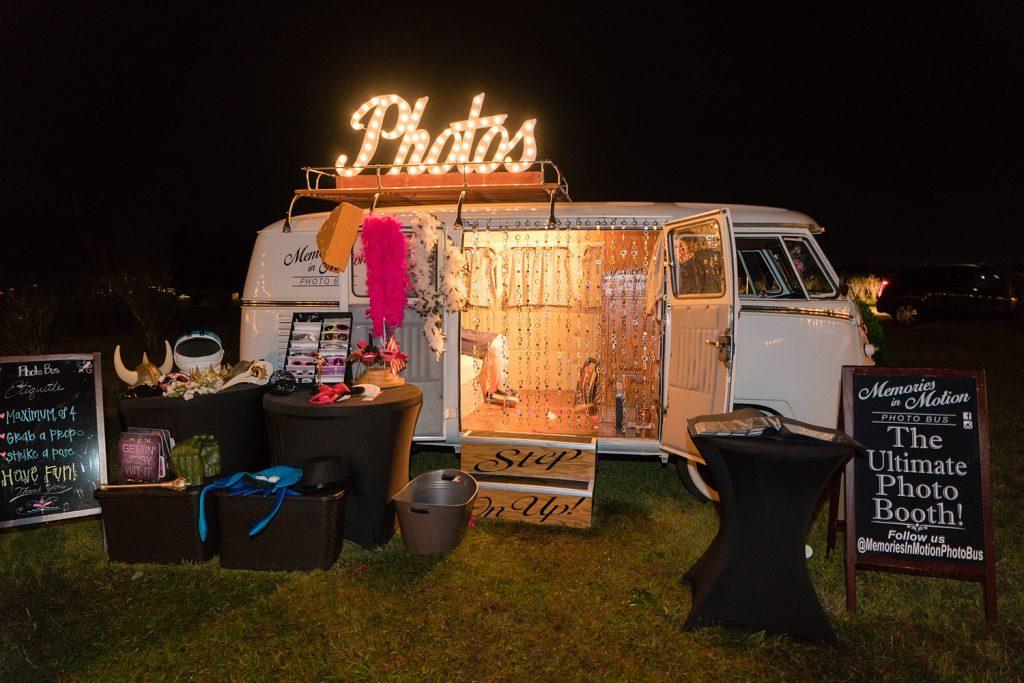 glam-outdoors-rustic-weeks-bay-plantation-fairhope-alabama-peyton-addison-wedding_0166-1024x683 Peyton and Addison {Married} | Weeks Bay Plantation | Fairhope, AL Wedding