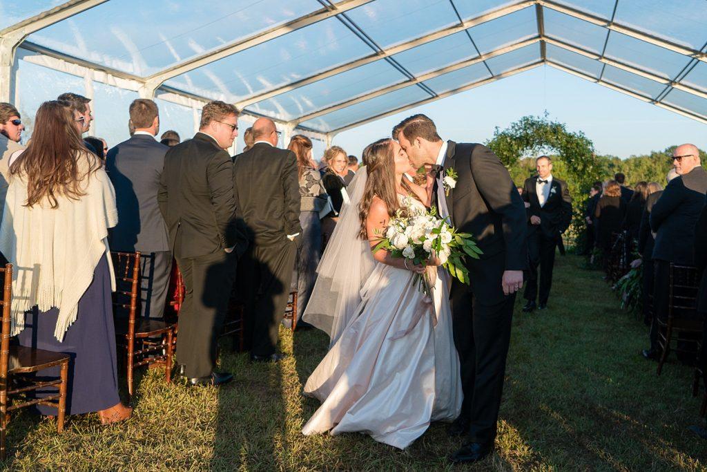 glam-outdoors-rustic-weeks-bay-plantation-fairhope-alabama-peyton-addison-wedding_0183-1024x683 Peyton and Addison {Married} | Weeks Bay Plantation | Fairhope, AL Wedding