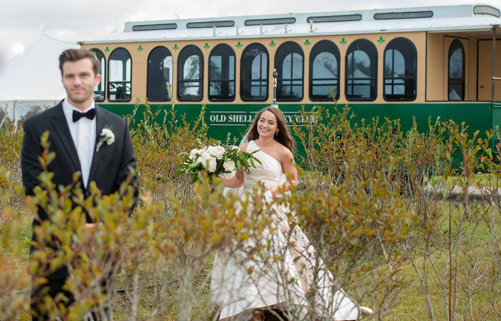 glam-outdoors-rustic-weeks-bay-plantation-fairhope-alabama-peyton-addison-wedding_0191-1024x657 Peyton and Addison {Married} | Weeks Bay Plantation | Fairhope, AL Wedding