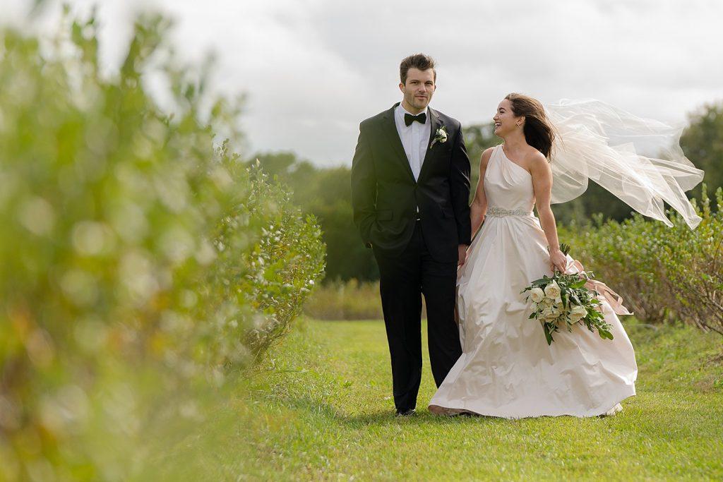 glam-outdoors-rustic-weeks-bay-plantation-fairhope-alabama-peyton-addison-wedding_0194-1024x683 Peyton and Addison {Married} | Weeks Bay Plantation | Fairhope, AL Wedding