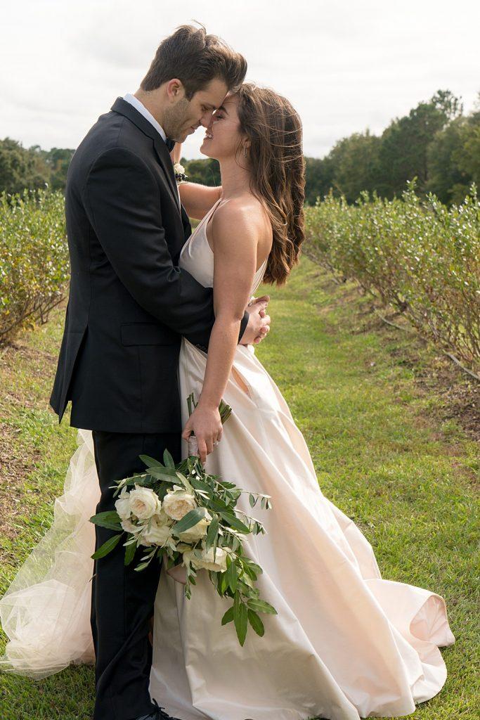 glam-outdoors-rustic-weeks-bay-plantation-fairhope-alabama-peyton-addison-wedding_0196-683x1024 Peyton and Addison {Married} | Weeks Bay Plantation | Fairhope, AL Wedding
