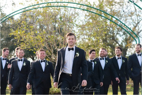 glamour-rustic-weeks-bay-blueberry-plantation-fairhope-alabama-wedding-photographer_0141-598x400 Peyton and Addison {Married} | Weeks Bay Plantation Fairhope Alabama Wedding Photographer Wedding