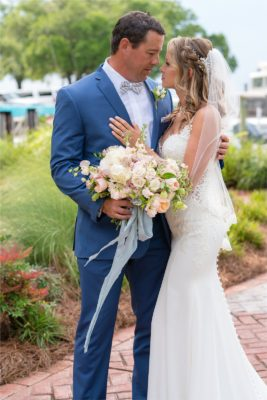 grand-hotel-point-clear-classic-southern-floral-bay-shore-katie-jeremy-wedding_0021-267x400 Katie and Jeremy {Married} | Grand Hotel Golf Resort & Spa - Autograph Collection | Point Clear, AL Wedding